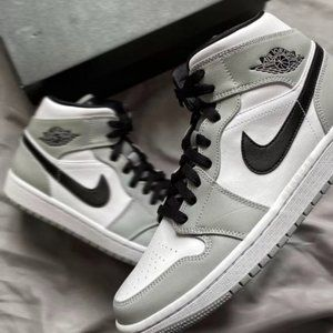 Nike Air Jordan 1 Mid GS Light Smoke Grey